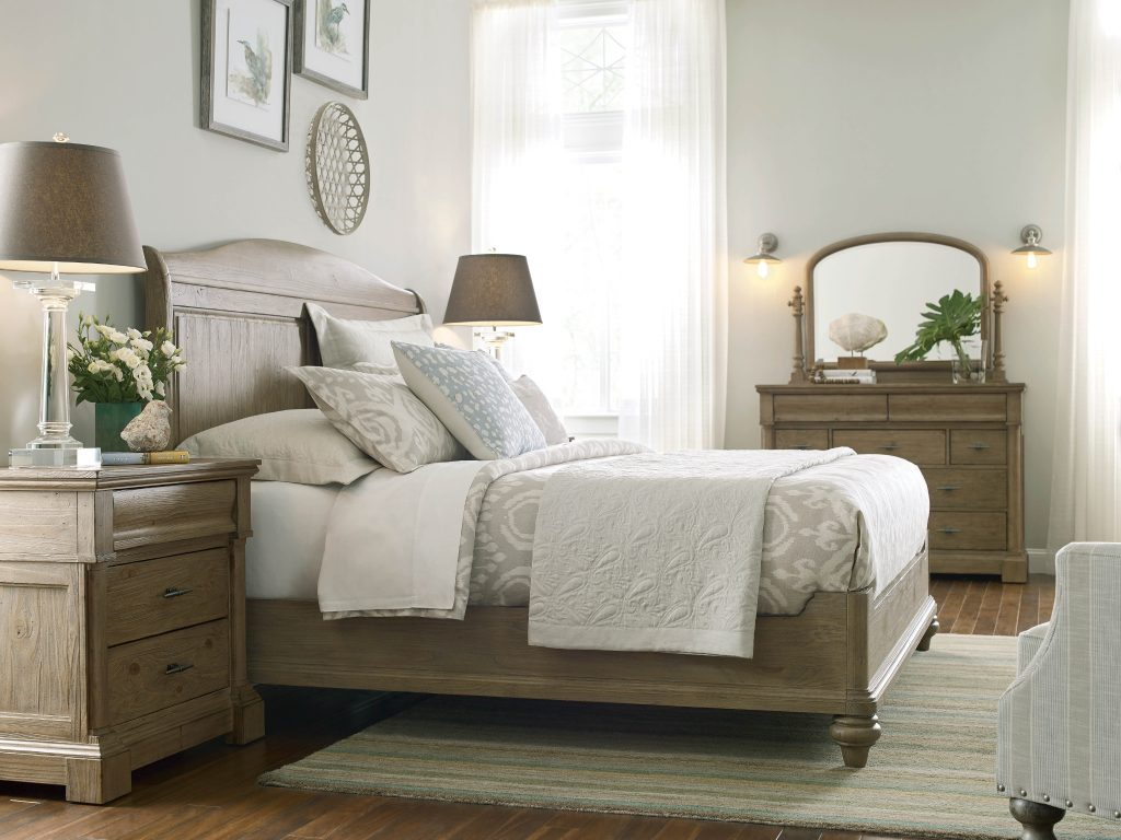Chattanooga Bedroom Furniture: Tips for Decorating a Small Bedroom 4