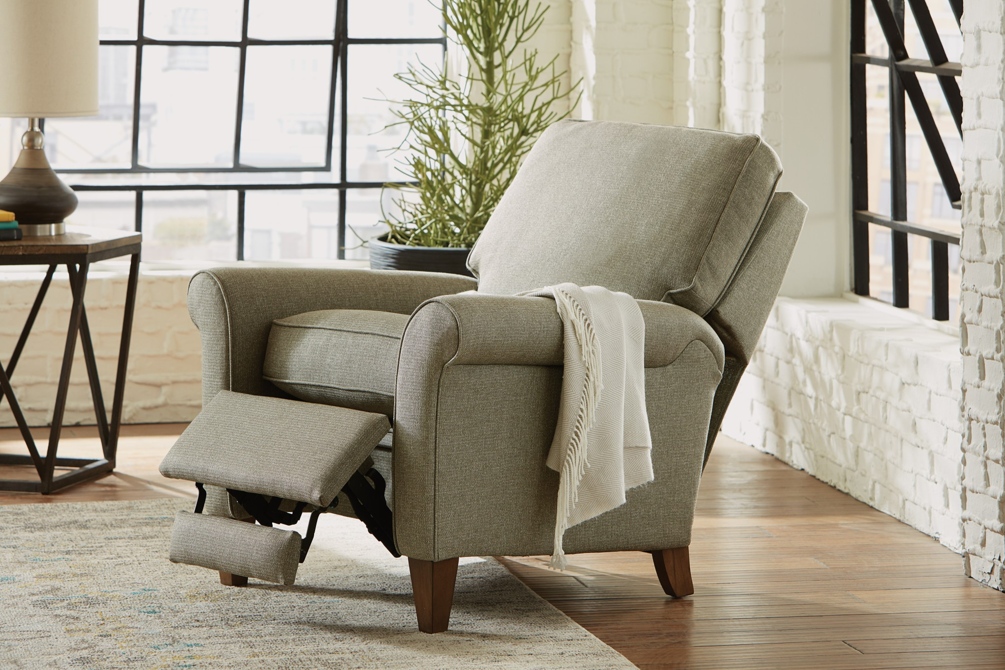 Enhance your Living Room Furniture in Chattanooga TN with stylish recliners 4