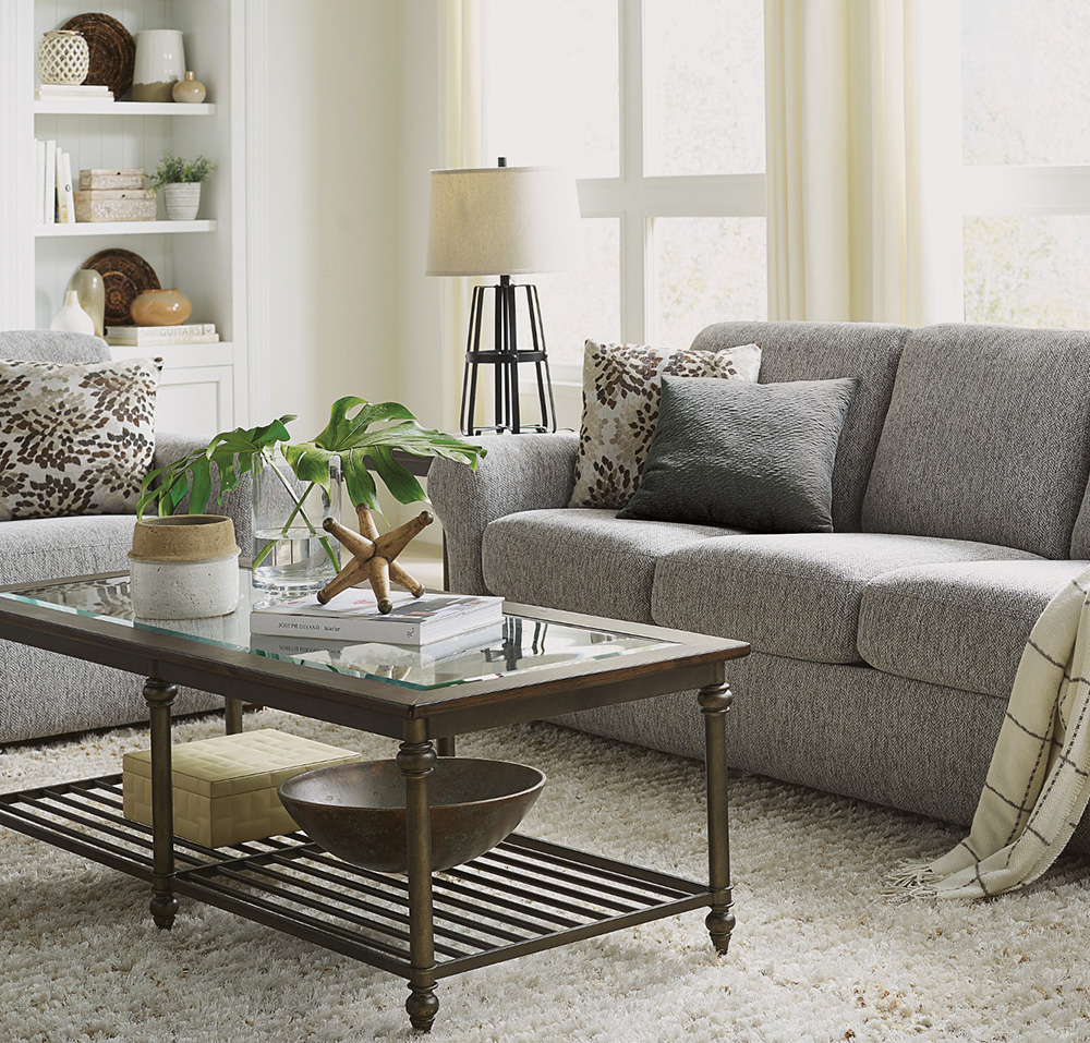Chattanooga Flexsteel Furniture is currently available in the beautiful showroom at EF Brannon furniture store.