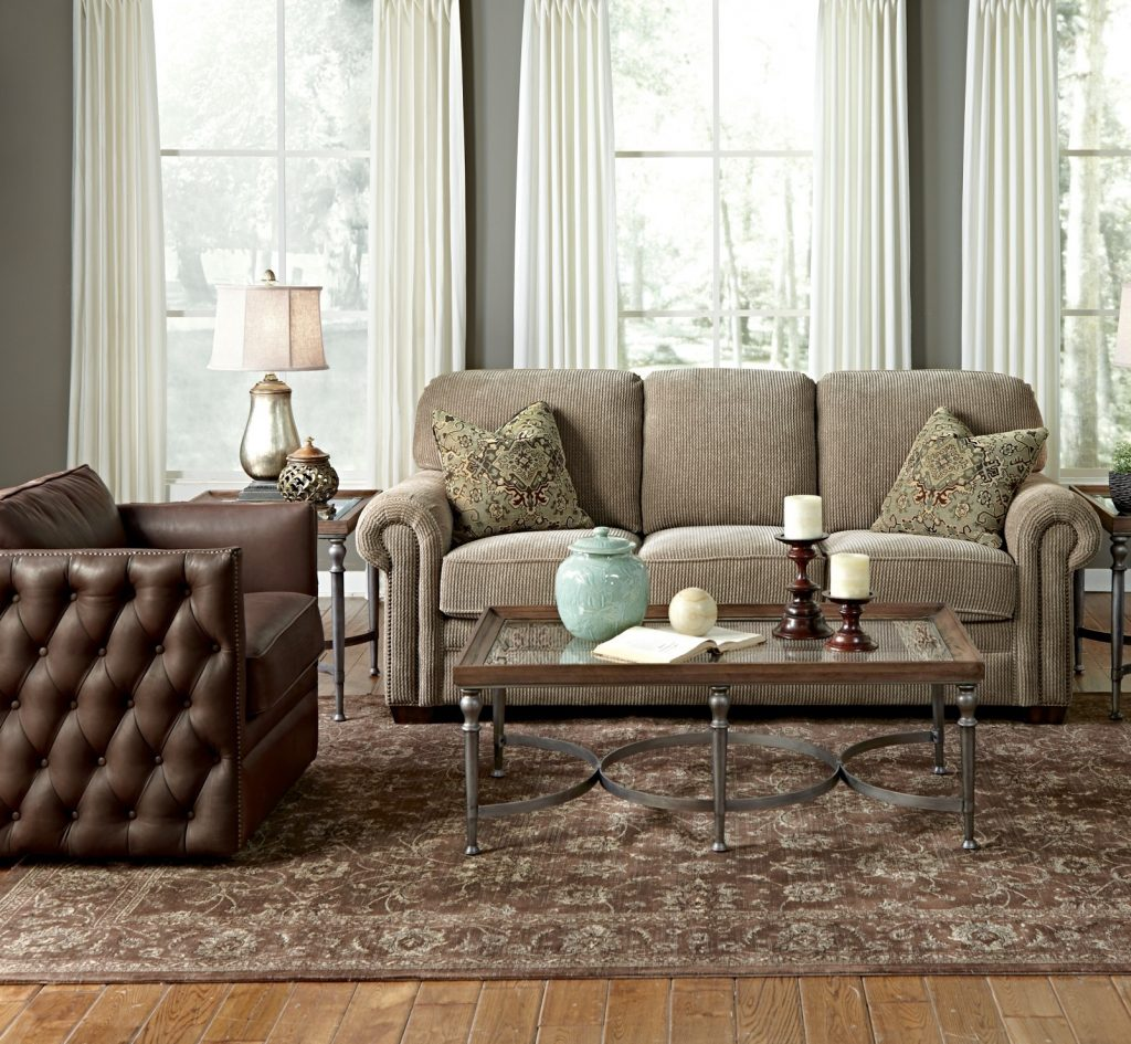 Stylish Sofas for Your Chattanooga Living Room Flexsteel