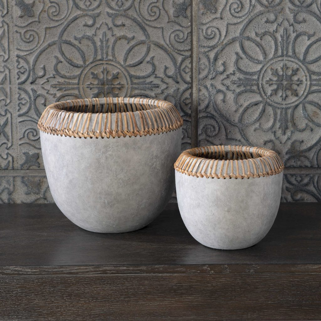 Add warmth to your Chattanooga kitchen decor with this layered, textured bowl set.